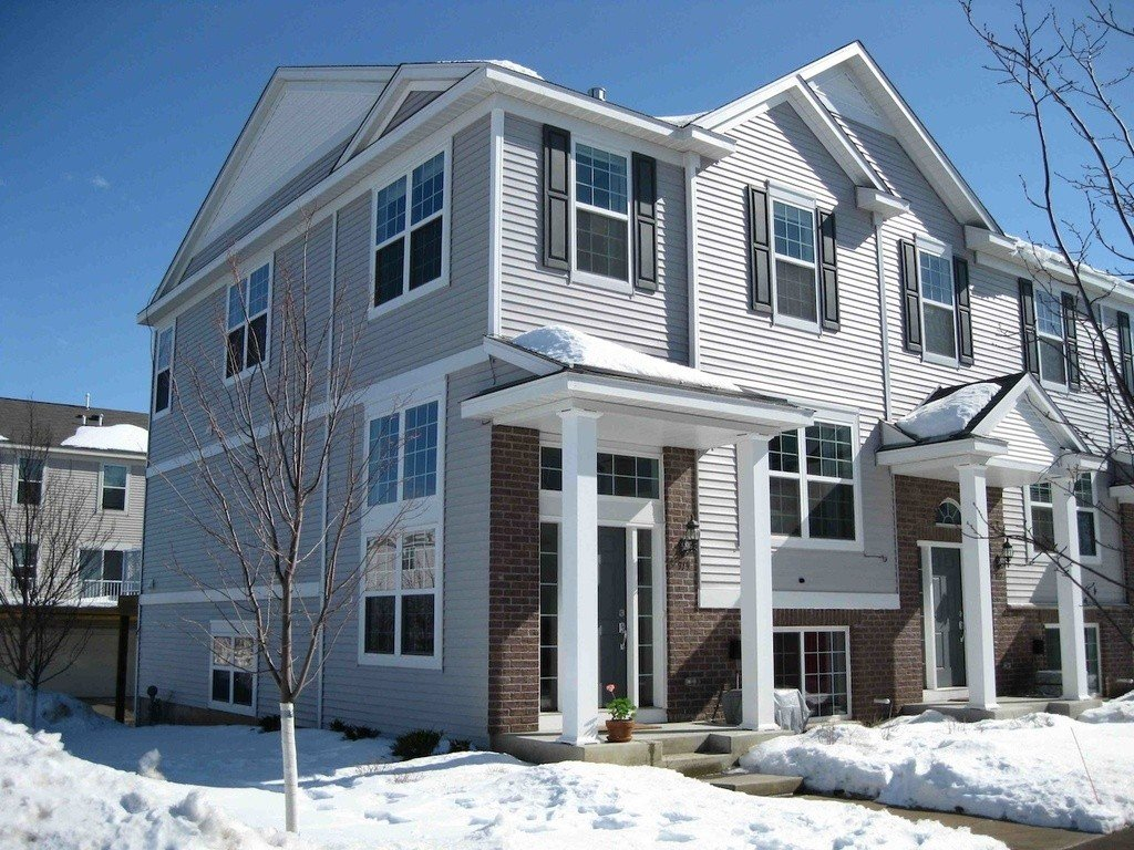 property_image - Townhouse for rent in Mahtomedi, MN